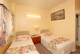 2 x Single at Tarcutta Halfway Motor Inn